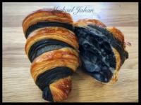 Bi-Colour Laminated Croissant